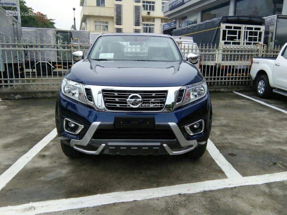 Bán Nissan Navara, giá siêu hấp dẫn tặng 64tr+ BHTV + PK-6