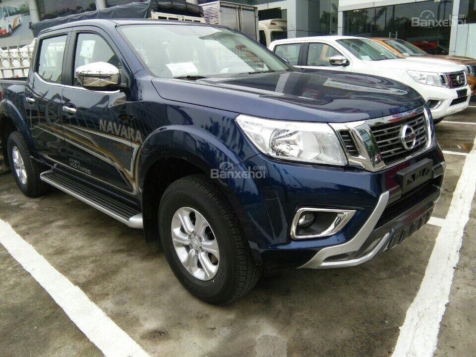 Bán Nissan Navara, giá siêu hấp dẫn tặng 64tr+ BHTV + PK-0
