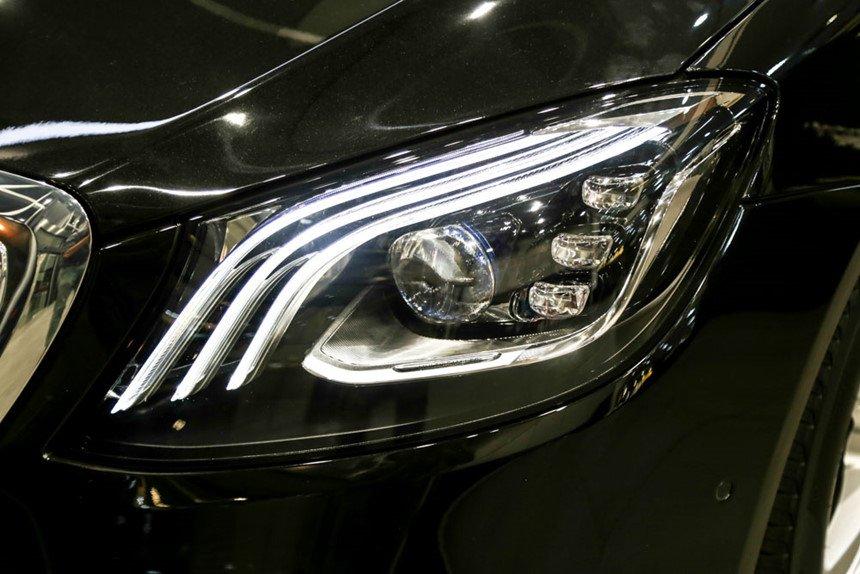 So sánh xe BMW 740Li và Mercedes S450 Luxury về đầu xe 9