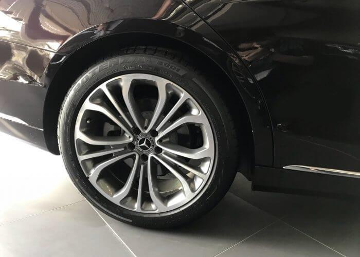 So sánh xe BMW 740Li và Mercedes S450 Luxury về thân xe 8