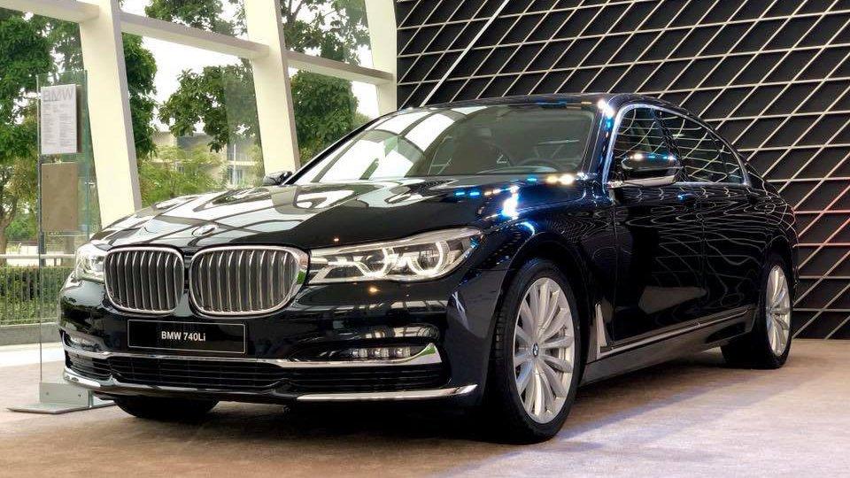 So sánh xe BMW 740Li và Mercedes S450 Luxury 3