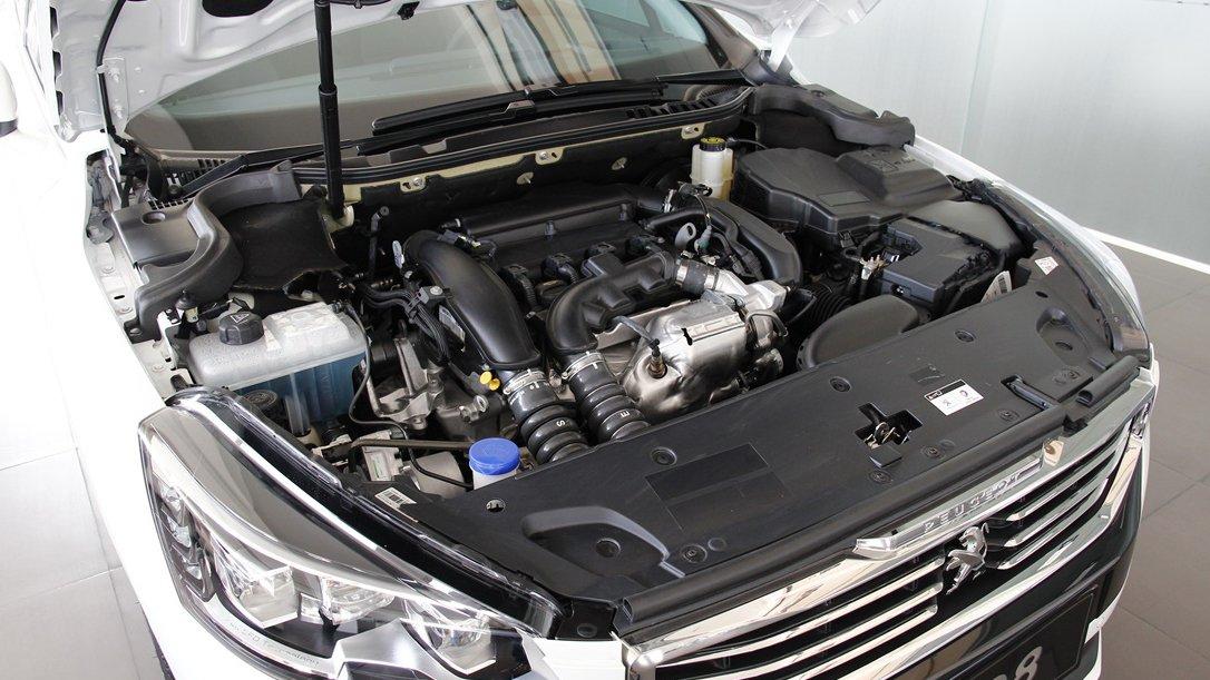 So sánh xe Honda Accord 2019 và Peugeot 508 2019 về vận hành 2
