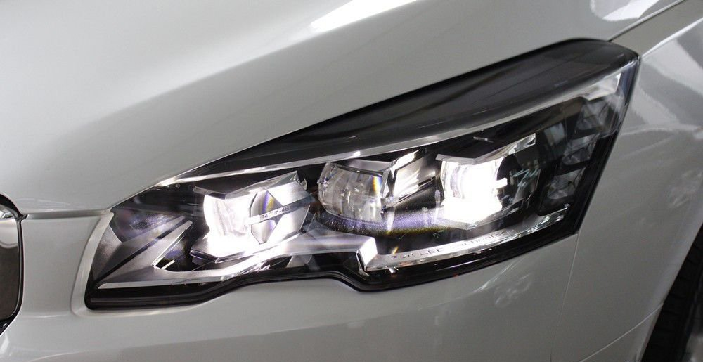 So sánh Honda Accord 2019 và Peugeot 508 2019 về đầu xe 14