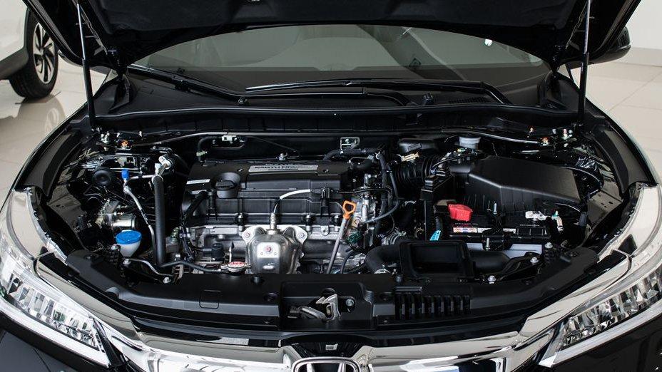 So sánh xe Honda Accord 2019 và Peugeot 508 2019 về vận hành.