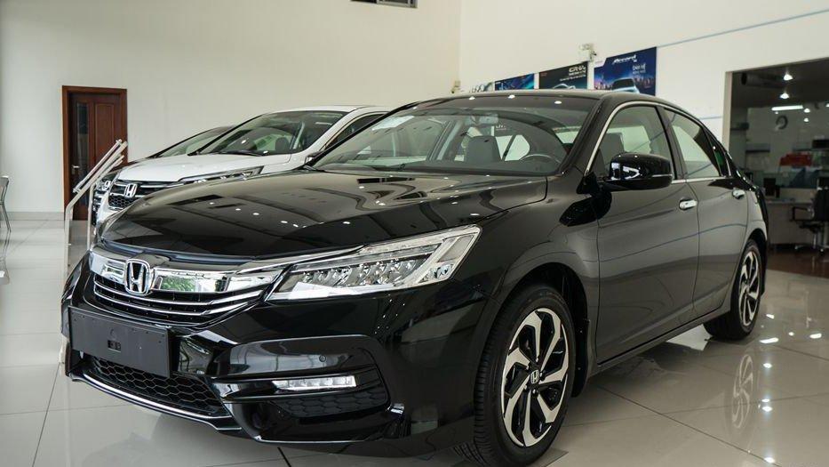 So sánh xe Honda Accord 2019 và Peugeot 508 2019.