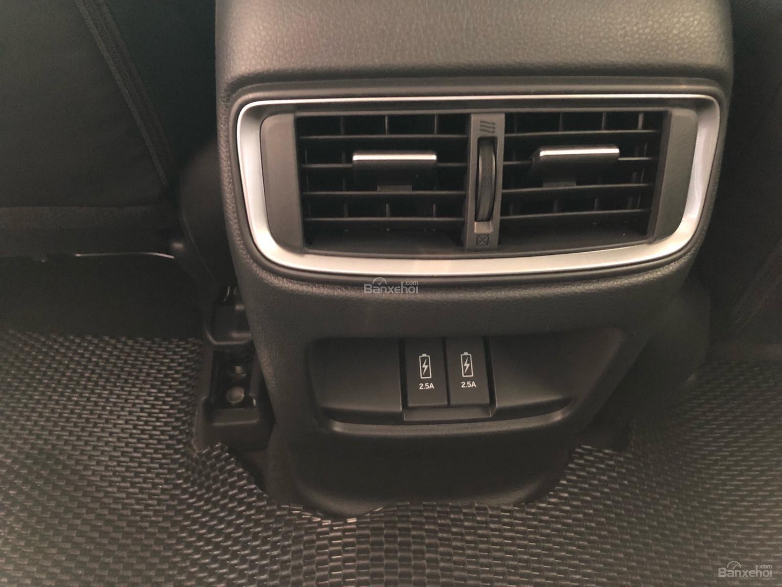 Bán Honda CRV E 2019, còn vài xe giao liền, khuyến mãi khủng 20Tr tiền mặt, chỉ cần 260Tr nhận xe đủ chi phí-3