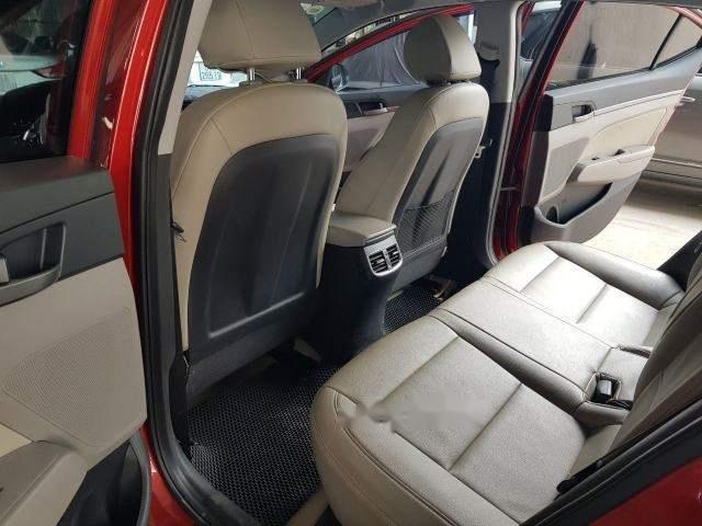 Cần bán xe Hyundai Elantra 1.6MT năm sản xuất 2017, màu đỏ số sàn, giá chỉ 538 triệu (6)