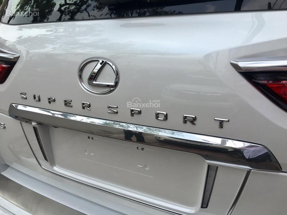 MT AUTO bán xe Lexus LX570S Super Sport đời 2019, màu trắng, xe nhập khẩu Trung Đông giá tốt LH: E Hương: 0945392468-4