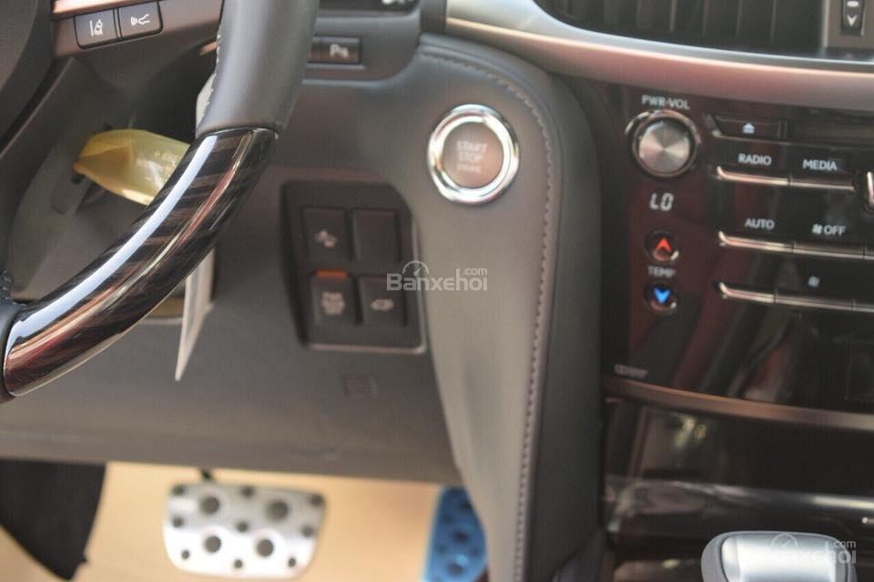 MT AUTO bán xe Lexus LX570S Super Sport đời 2019, màu trắng, xe nhập khẩu Trung Đông giá tốt LH: E Hương: 0945392468-6