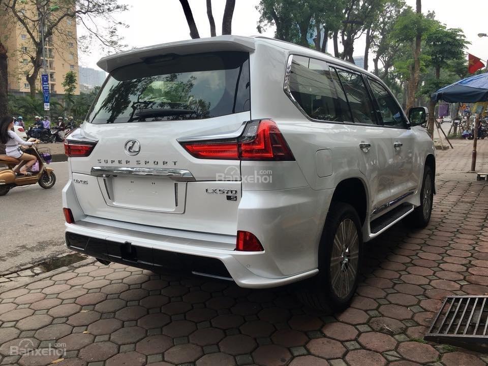 MT AUTO bán xe Lexus LX570S Super Sport đời 2019, màu trắng, xe nhập khẩu Trung Đông giá tốt LH: E Hương: 0945392468-18
