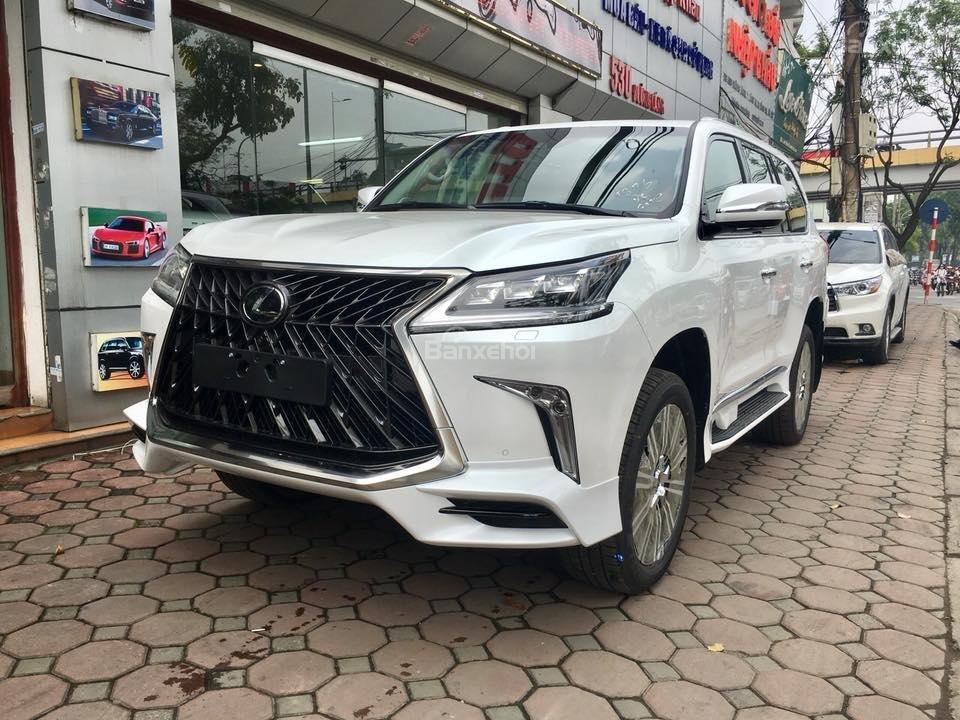 MT AUTO bán xe Lexus LX570S Super Sport đời 2019, màu trắng, xe nhập khẩu Trung Đông giá tốt LH: E Hương: 0945392468-16