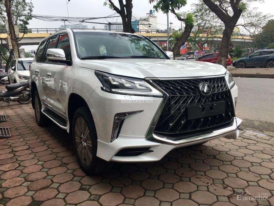 MT AUTO bán xe Lexus LX570S Super Sport đời 2019, màu trắng, xe nhập khẩu Trung Đông giá tốt LH: E Hương: 0945392468-21