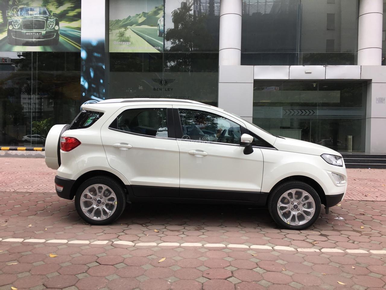 Bán xe Ford Ecosport 1.5L AT đời 2018, màu trắng - Đủ màu giao ngay. Liên hệ 0901858386-5