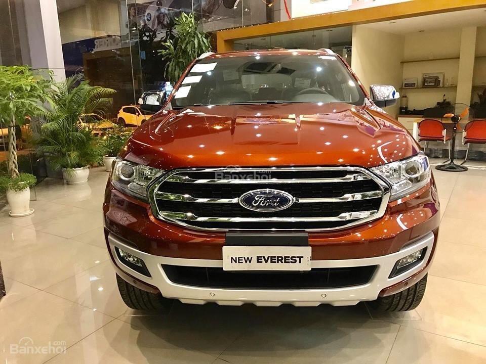 Hot Ford Everest model 2019, đủ màu chỉ với từ 200 triệu đồng, hỗ trợ trả góp lên tới 90% giá trị xe - LH 0967664648 (1)