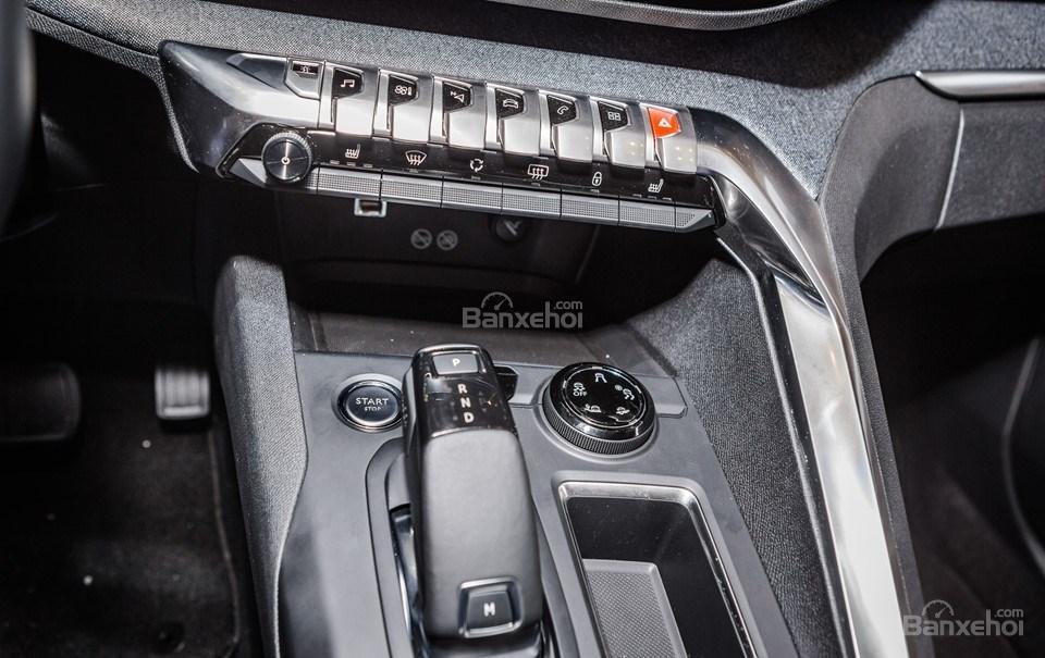 Peugeot 3008 2019 11