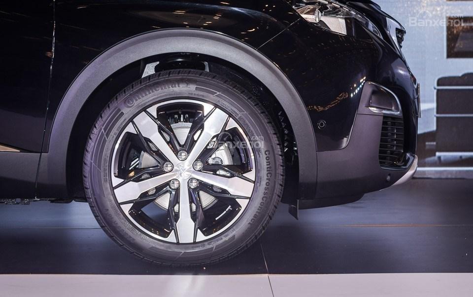 Peugeot 3008 2019 4