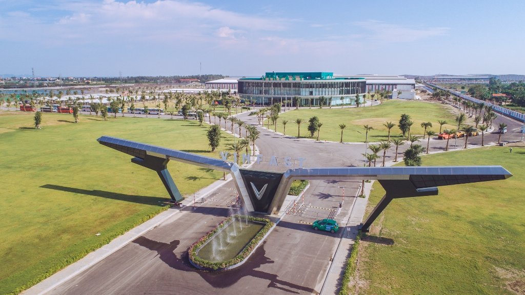 Những chính sách ưu đãi cho thương hiệu sản xuất ô tô Việt - VinFast 4...