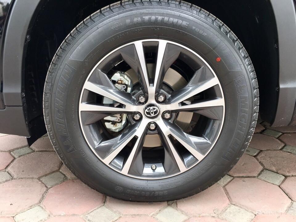 Bán xe Toyota Highlander LE năm 2018, màu đen, màu đỏ nhập khẩu Mỹ, LH em Hương: 0945392468 (5)