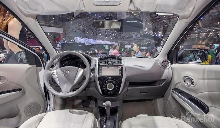 Đánh giá xe Nissan Sunny Q-Series 2019: Nội thất xe.