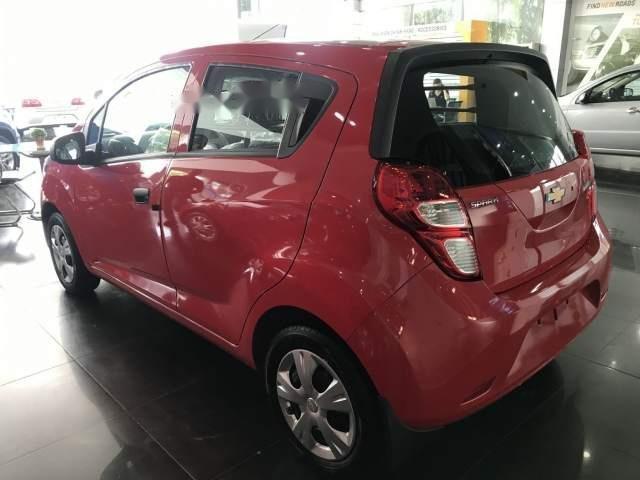 Bán ô tô Chevrolet Spark Van 2018, màu đỏ giá cạnh tranh (6)
