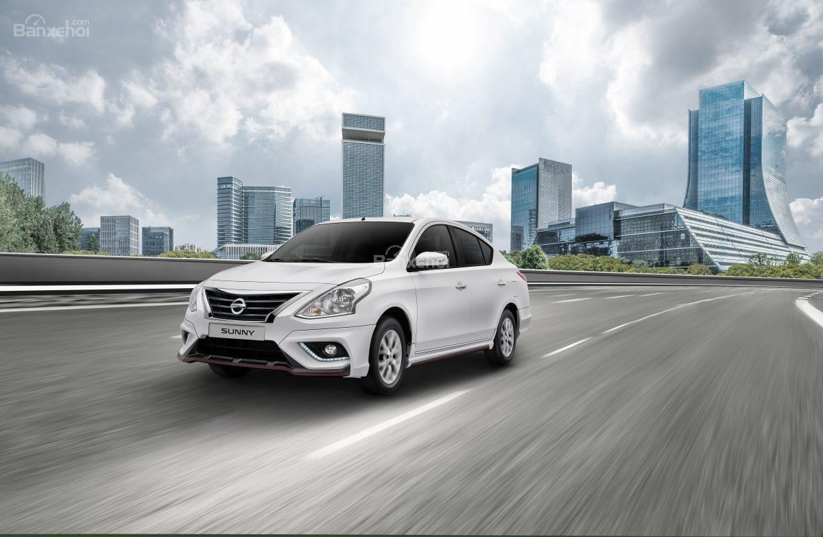 Đánh giá xe Nissan Sunny Q-Series 2019: Phiên bản mới cho cảm giác lái đầm chắc.