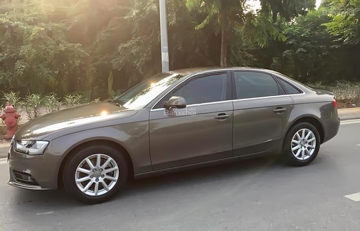 Cần bán lại xe Audi A4 1.8 sản xuất năm 2013, màu xám, nhập khẩu nguyên chiếc-0