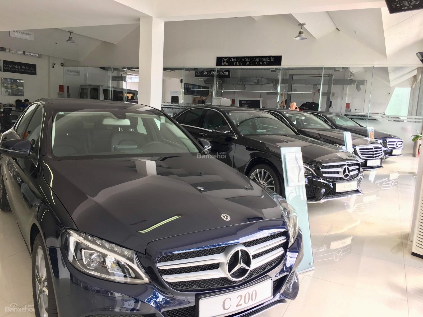 Mercedes - Benz Nha Trang (22)