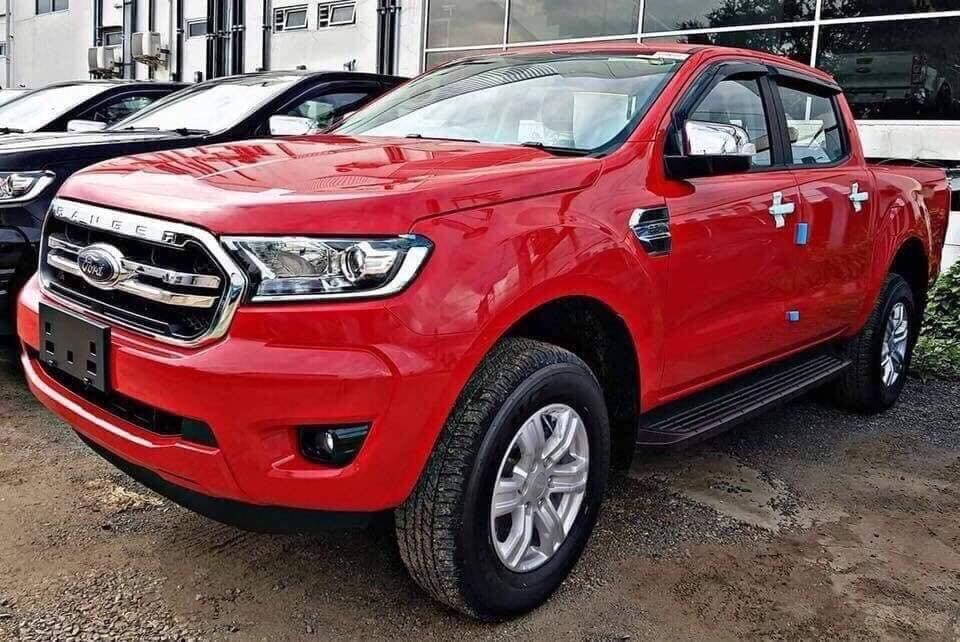 Ford Ranger 2019 rò rỉ giá đại lý 3 phiên bản mới, khởi điểm từ 616 triệu đồng.