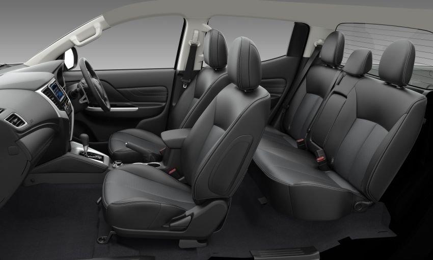 Ảnh chụp ghế xe Mitsubishi Triton 2019