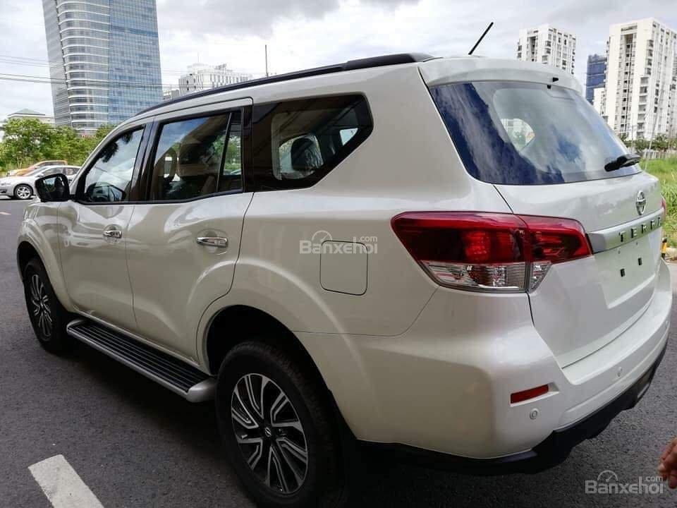 Nissan Terra giá tốt, lăn bánh với 250 triệu, khuyến mại lớn, hỗ trợ trả góp đơn giản, LH 0868.653.663 (Ms Tuyết)-1