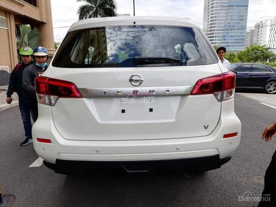 Nissan Terra giá tốt, lăn bánh với 250 triệu, khuyến mại lớn, hỗ trợ trả góp đơn giản, LH 0868.653.663 (Ms Tuyết)-11