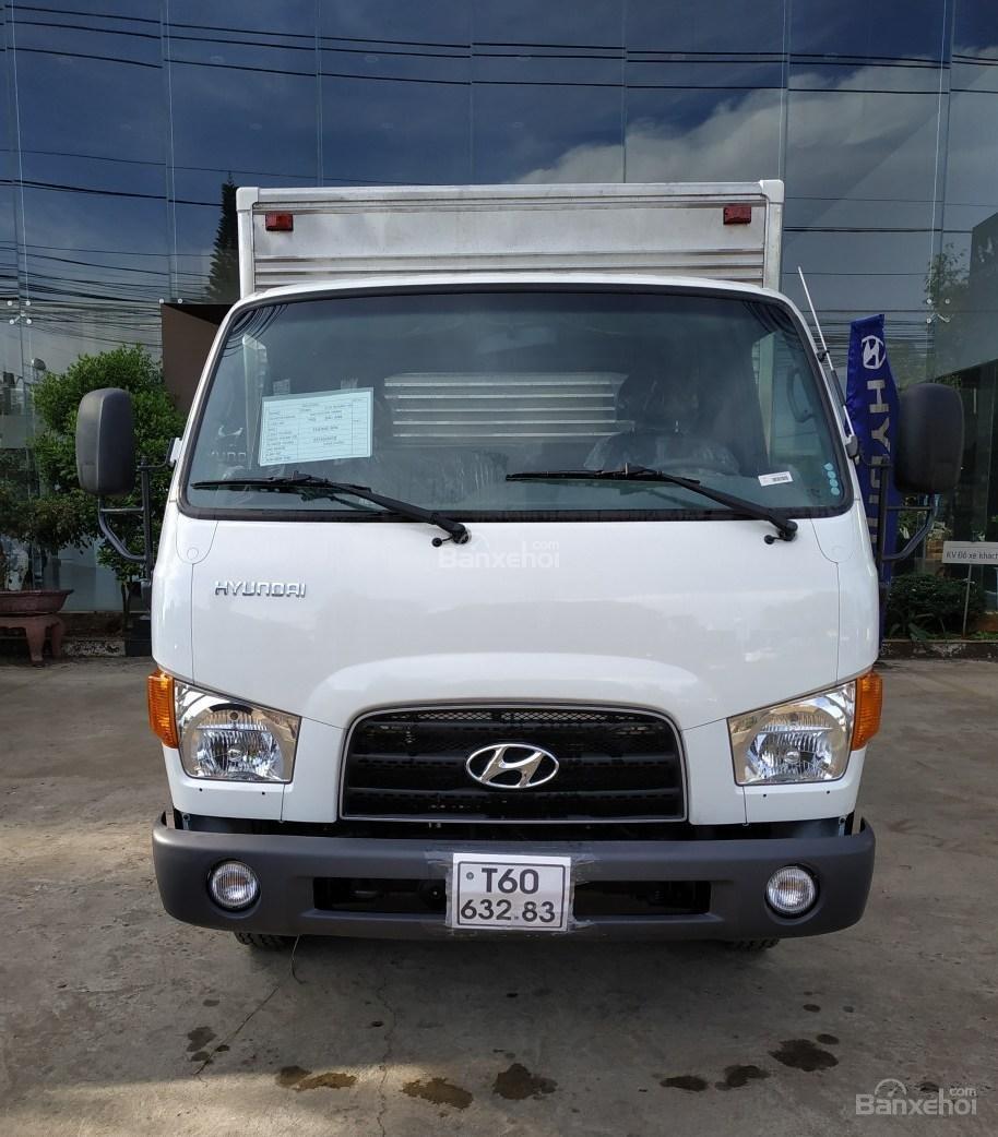 Hyundai Migthy 75S thùng kín inox, có sẵn xe giao ngay, giảm giá lên đến 20 triệu đồng (2)