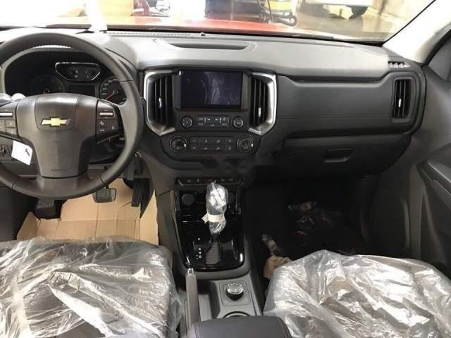Bán xe Chevrolet Colorado 2018, màu đen, nhập khẩu nguyên chiếc-5