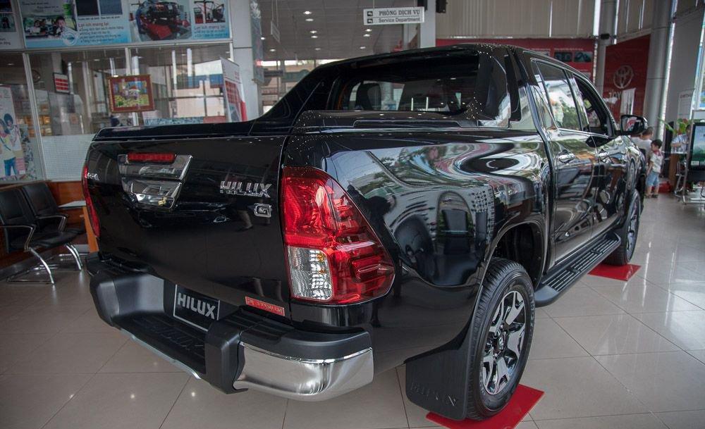 So sánh Ford Ranger 2019 và Toyota Hilux 2019 về thân xe.