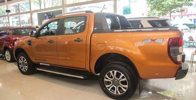 So sánh Ford Ranger 2019 và Toyota Hilux 2019 về thân xe 3