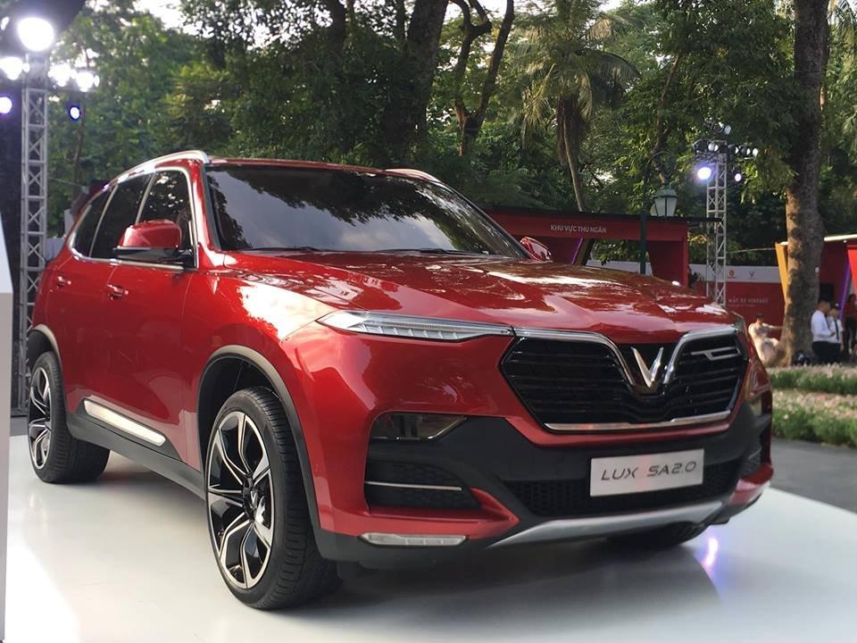 Giá lăn bánh xe VinFast SA2.0 mới nhất tại Việt Nam a1