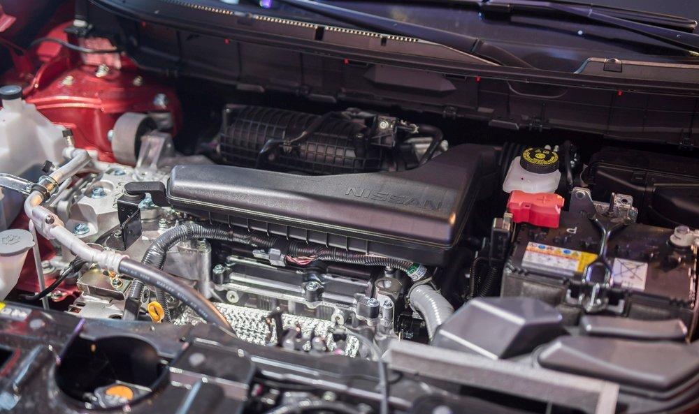 Honda CR-V 1.5 L và Nissan X-Trail V-Series 2.5 SV Luxury về động cơ 2