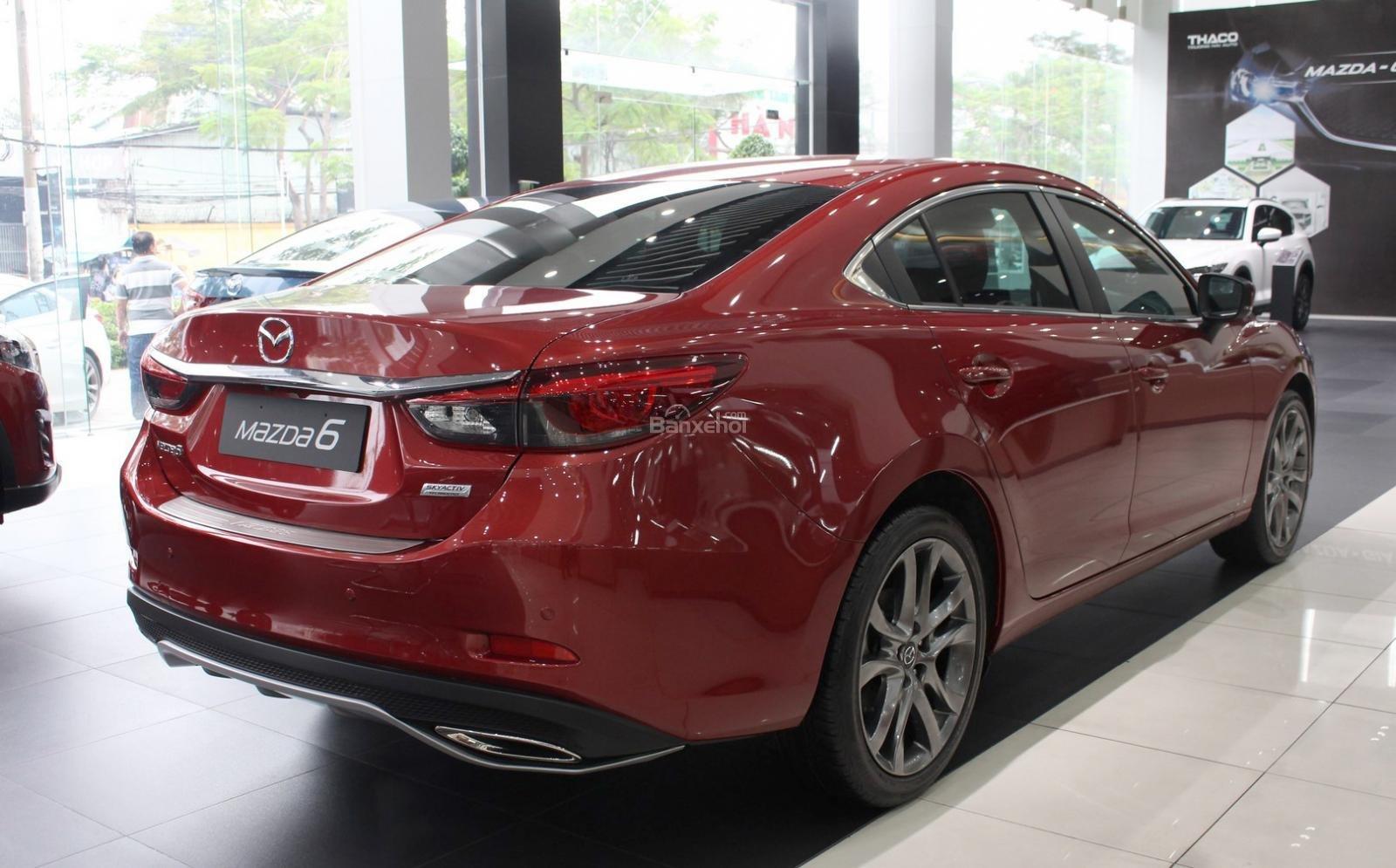 Bán Mazda 6 2.0 AT Premium 2019, xe có sẵn giảm giá cực sốc [Mazda Bình Triệu] (2)