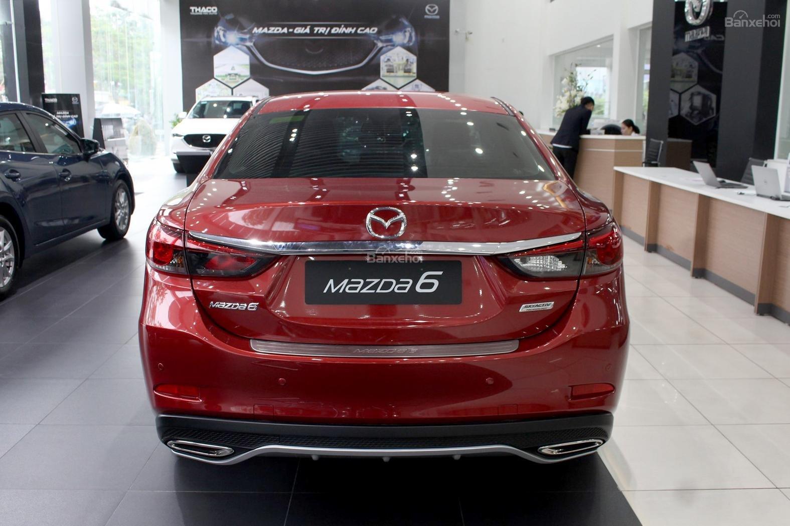 Bán Mazda 6 2.0 AT Premium 2019, xe có sẵn giảm giá cực sốc [Mazda Bình Triệu] (3)