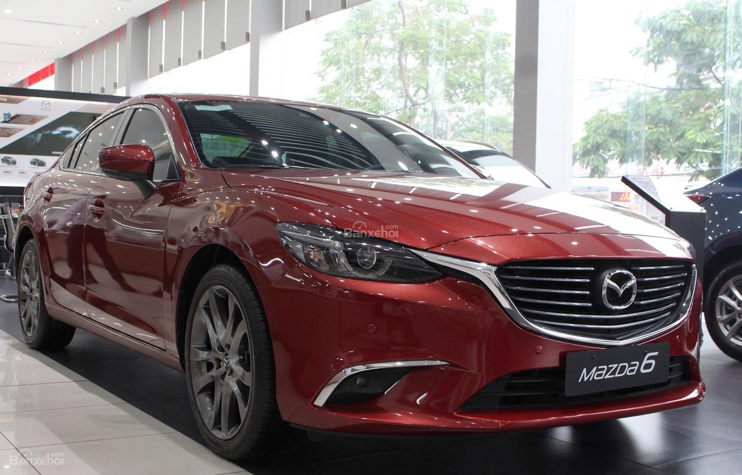 Bán Mazda 6 2.0 AT Premium 2019, xe có sẵn giảm giá cực sốc [Mazda Bình Triệu] (5)