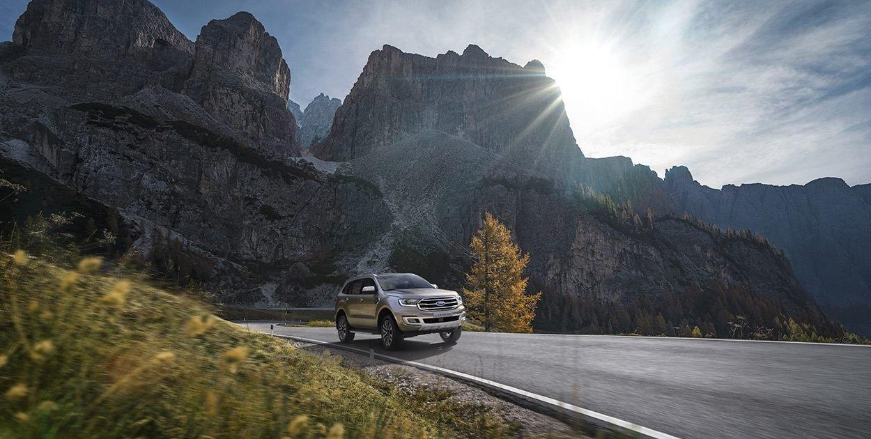 Ford Everest Titanium 2.0L Bi-Turbo 2019 có nhiều ưu điểm.