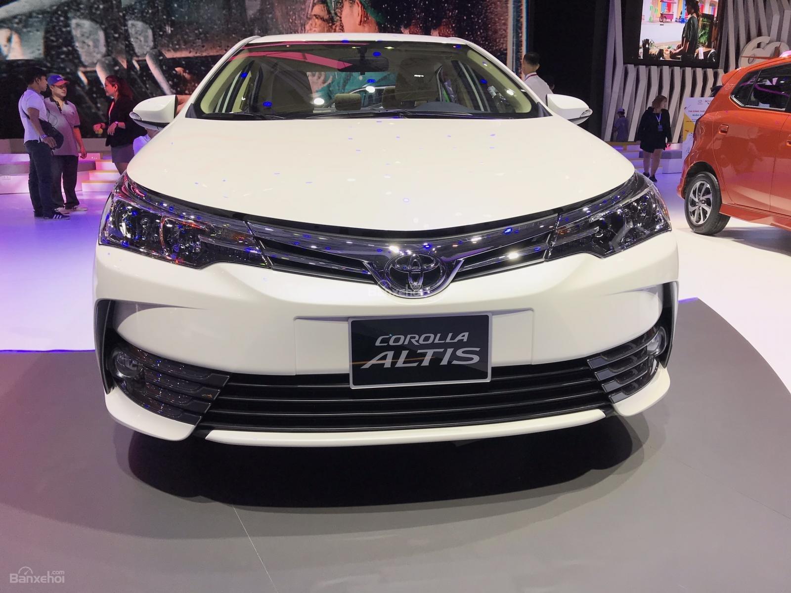 Bán Toyota Corolla Altis 2019 1.8G AT ưu đãi khủng, đủ màu giao ngay, gọi 0902.1717.20 nhận khuyến mãi khủng-1