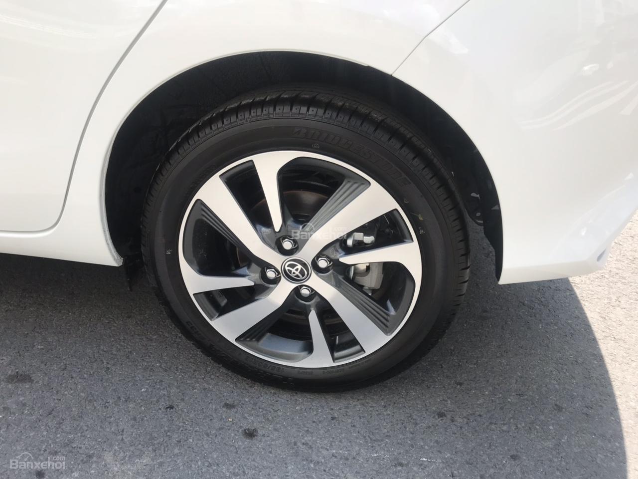 Bán Toyota Yaris nhập khẩu Thái Lan - Giá ưu đãi, xe giao ngay đủ màu, liên hệ 0902.1717.20 nhận ngay ưu đãi-6