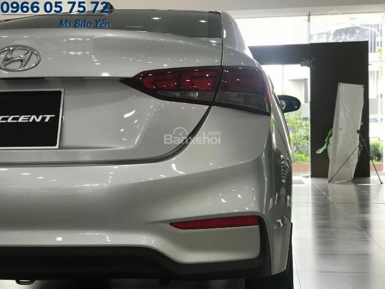 Bán xe Accent bản base màu bạc, có sẵn giao ngay 150 triệu nhận xe ngay-4