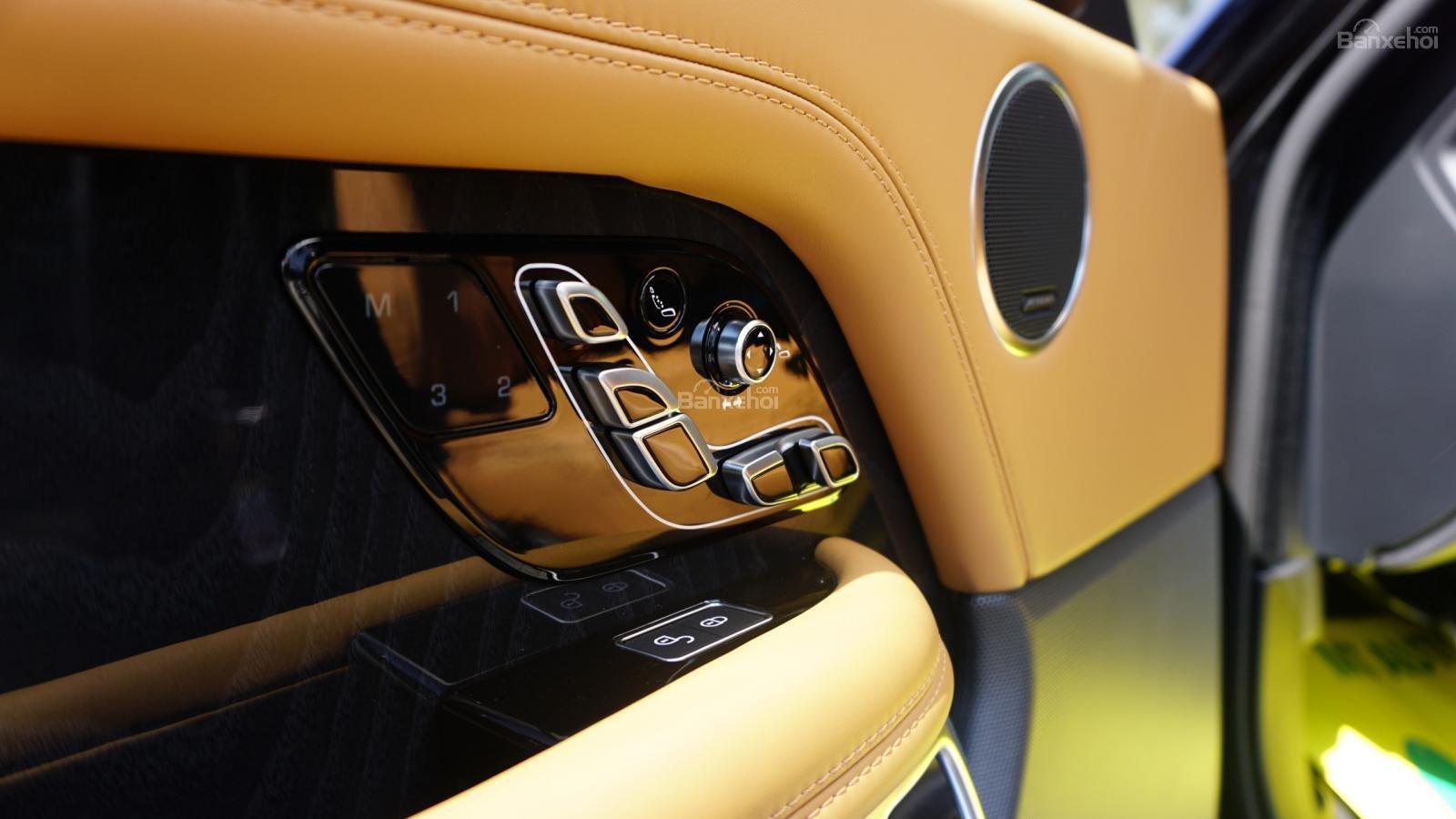 Cần bán LandRover Range Rover Autobio LWB 5.0 2018, màu đen, xe nhập-6