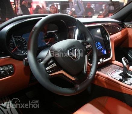 So sánh VinFast LUX A2.0 và Mazda 6 về nội thất 5...