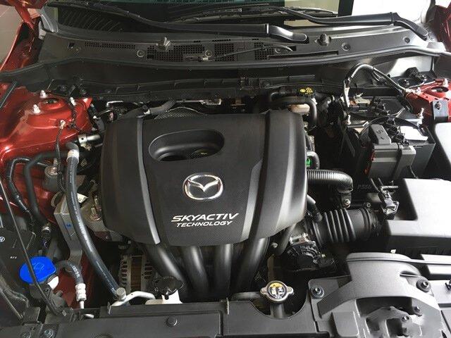 Ảnh chụp động cơ xe Mazda 2 2019-2020