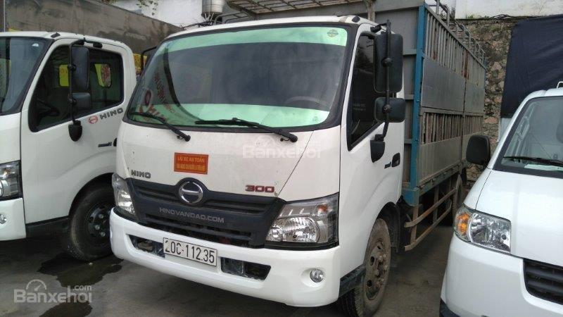 Bán Hino XZU năm sản xuất 2016, màu trắng liên hệ 0986265212-2
