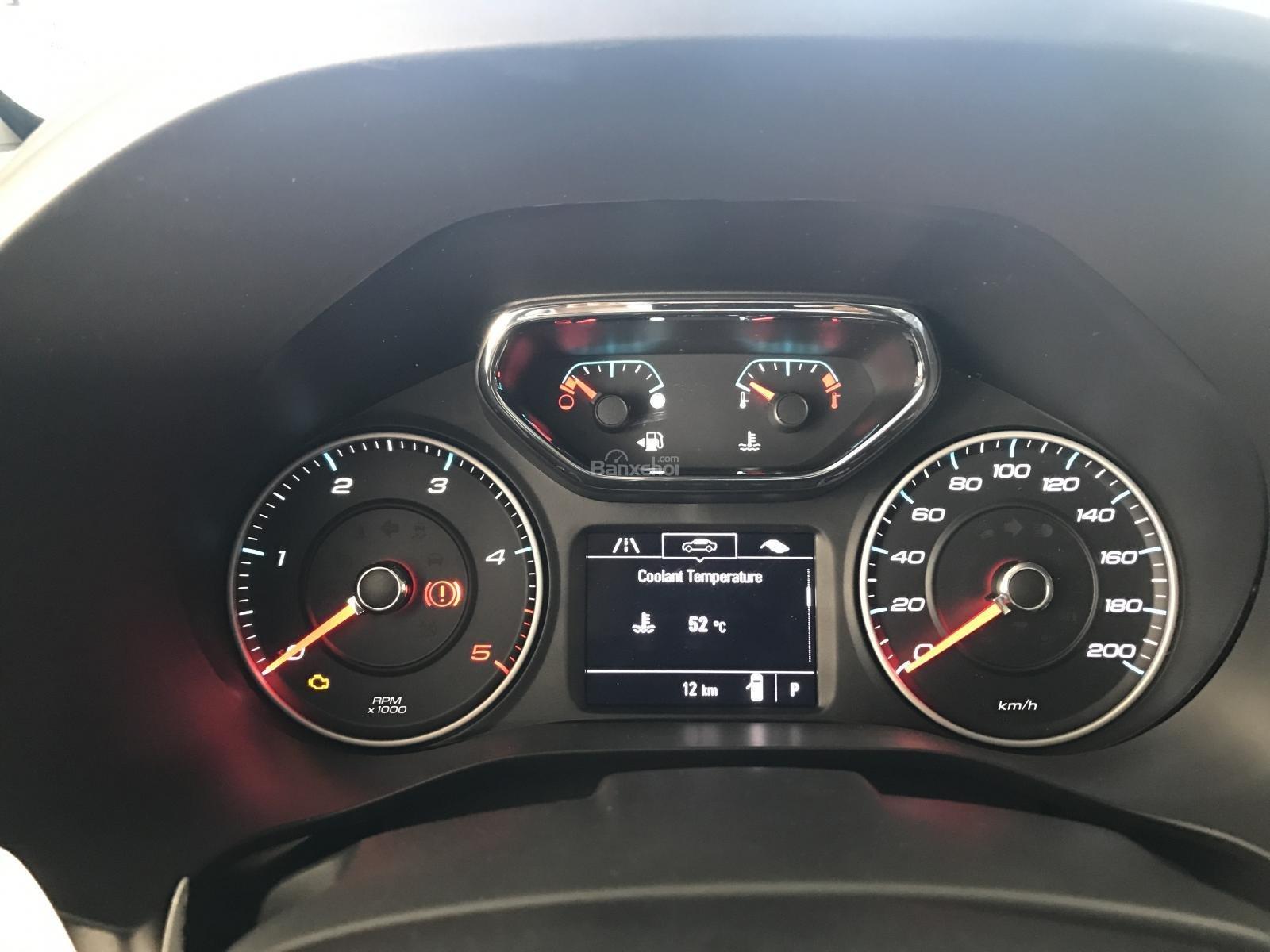 Mẫu SUV 07 chỗ Chevrolet Trailblazer 2.5L 4x2 AT 2018 (Nhập từ Thái Lan), lh 0963613200-5