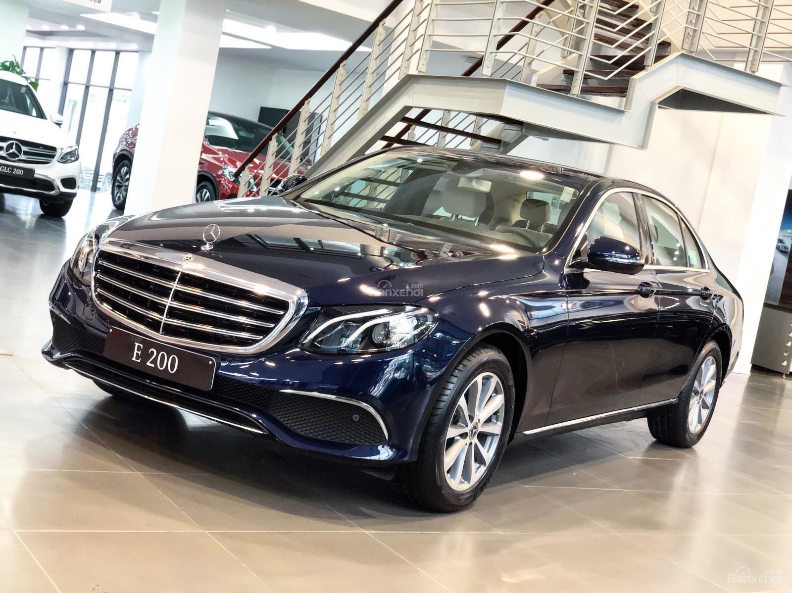 Giá xe Mercedes E200 model 2019, tốt nhất thị trường (1)